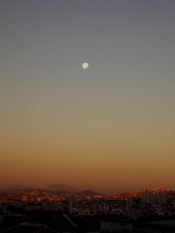 Valpo Full Moon